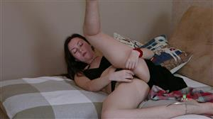atkhairy-19-12-12-vita-masturbation.jpg