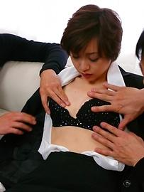 Akina Hara's hairy pussy creamed after an asian blowjob