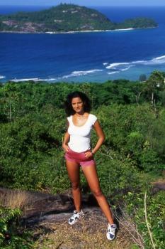 Photos of Alex crawford — hard set — seychelles + 2