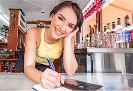 waitresspov-e26-natalie-porkman.jpg