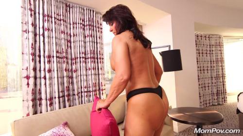 Claresa: Horny MILF exploring sexuality [FullHD 1080P]