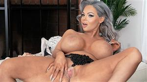 pornmegaload-19-12-28-anastasia-lamour-big-boob-bust-out.jpg