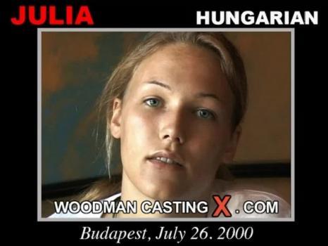 Julia casting X